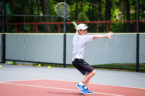 Practicing Tennis Alone? Here Are 3 Effective Solo Drills