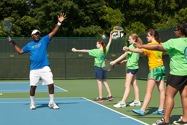 Extended Day vs. Overnight Tennis Camp: What's the Difference?